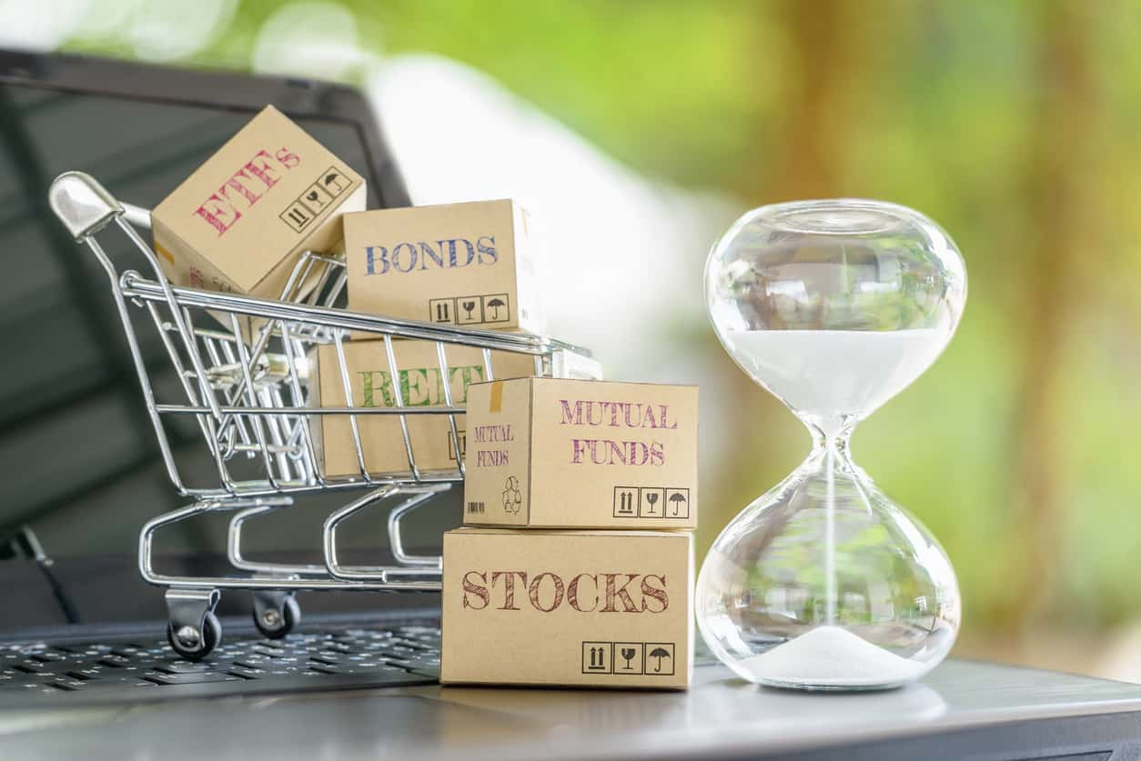 You are currently viewing MUTUAL FUNDS, INDEX FUNDS & ETFs – WHICH ONE IS THE BEST FOR YOU?