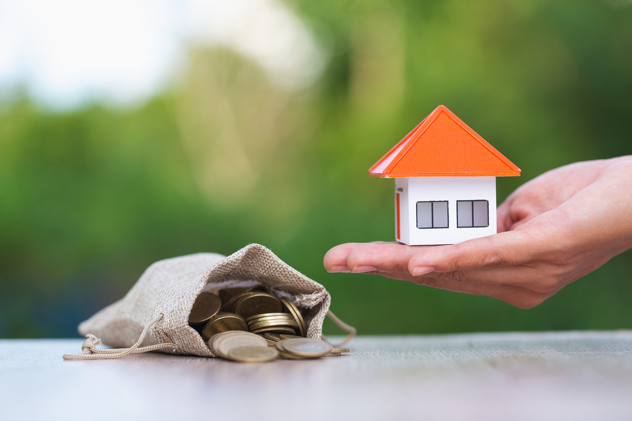 5+ THINGS YOU MUST CONSIDER BEFORE BUYING A HOUSE